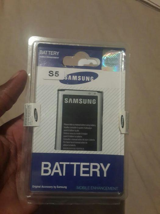 S5 bateria na caixa selada e com garantia