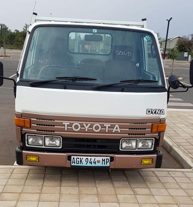 Toyota Dyna 5 Toneladas motor 13B...ti.7.5