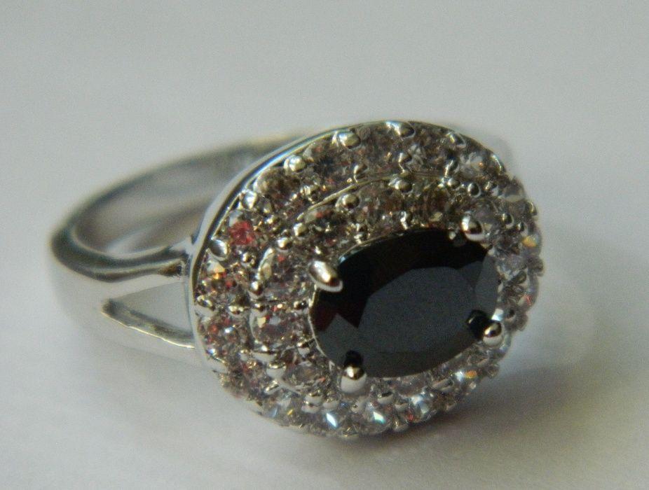 G14,inel argint 925, nou/marcat, masiv, zircon alb si negru