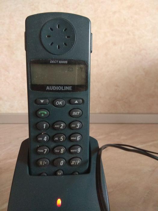 Стационарен телефон с майка Audioline dect 6000