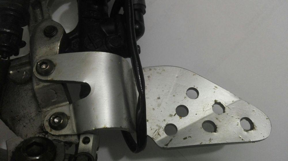 Vand aparatoare scarita Yamaha YZF R6