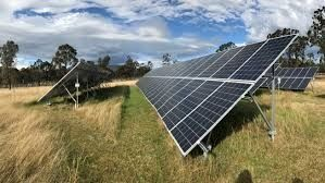 Energie Electrica cu Panouri Solare si Eoliana pentru casa