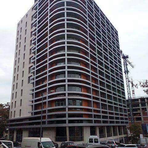Apartamento T3 Dúplex a venda por 230.000.000 AOA no edifício Kaluanda