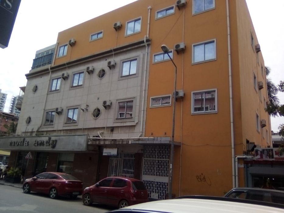 Arrenda-se Guest House 18 Suítes Mobilada – Maculusso