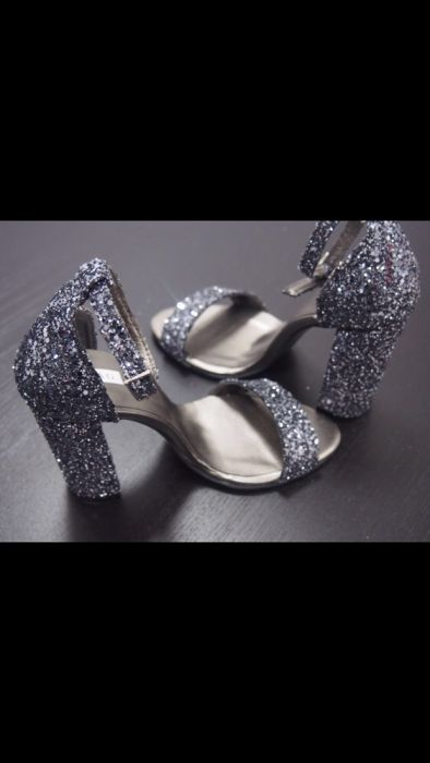"""vânzare la cald online Cumpără noi de înaltă calitate Sandale """" Glitter"""" Buhusi • OLX.ro"""