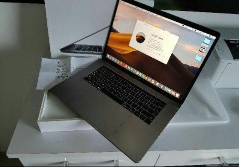 Mackebook pro touch ber