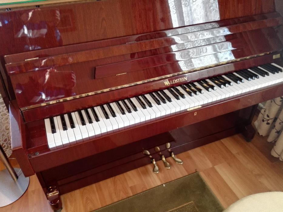 Pianina moderna Waldstein