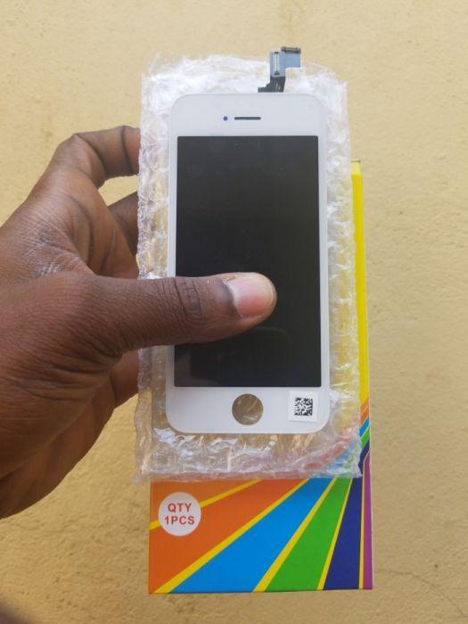 LCDs iPhone 5/5s/5c [ Oferta de protetor de vidro ] outros disponíveis