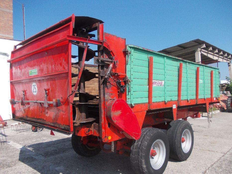 Remorca pentru imprastiat gunoi marca UNSINN 8 tone
