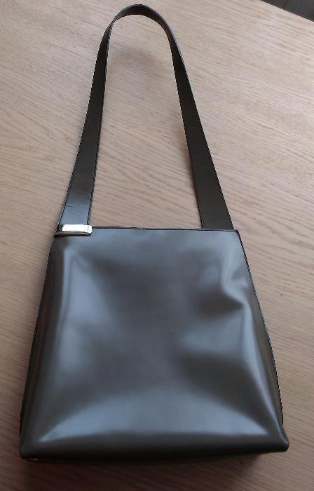 Прекрасна луксозна дамска чанта