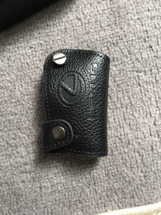 Продам чехлы для ключей lx570