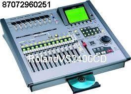 порто-студия Roland VS 2400CD б.у (к8
