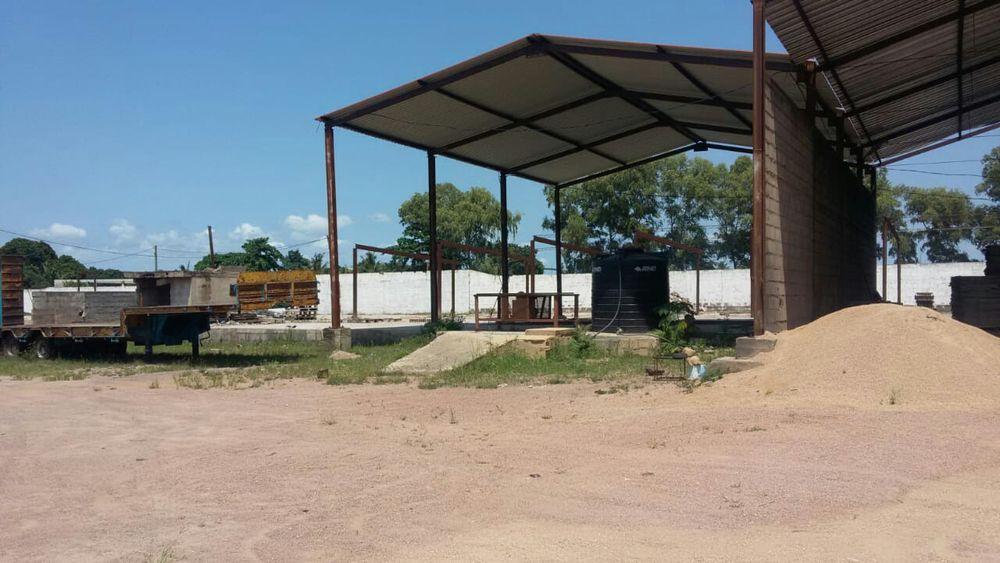 Vende_se Estaleiro equipado Cidade de Matola - imagem 2