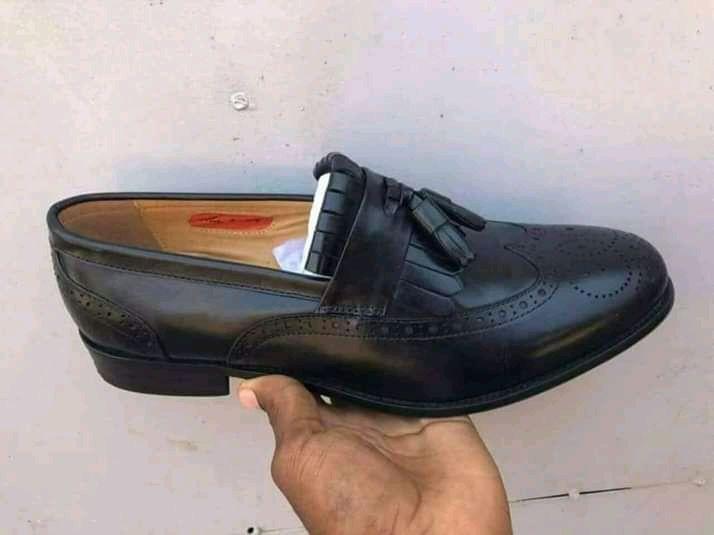 Sapato 2 sinos.