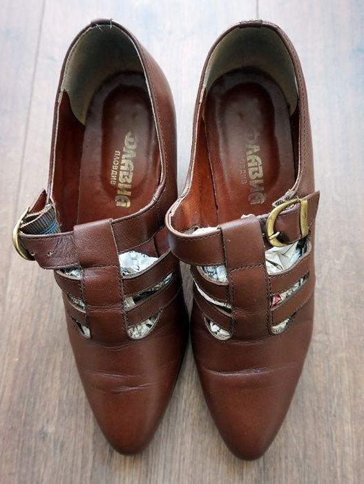 """Дамски обувки """"Flavia"""""""