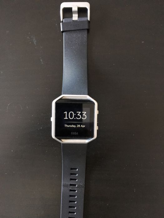 Fitbit Blaze-Fitness tracker and smartwatch