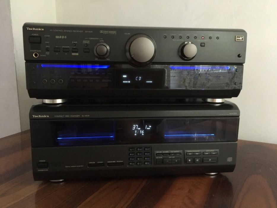 Technics SA-AX6 + Technics SL-MC6 CD changer player 110+1, impecabile.