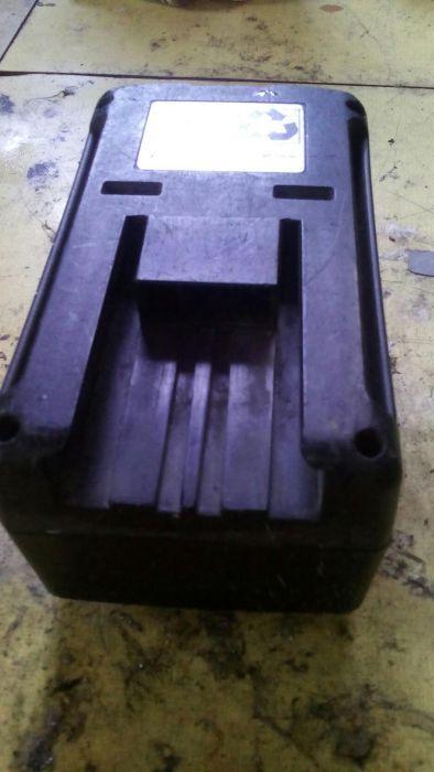Кутии от батерии rems,karcher
