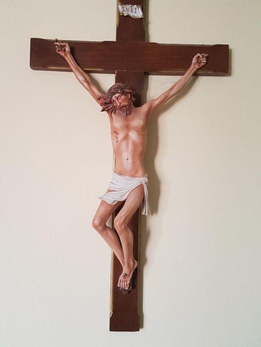 """CAPODIMONTE by Cortese: """"Isus răstignit pe cruce"""""""