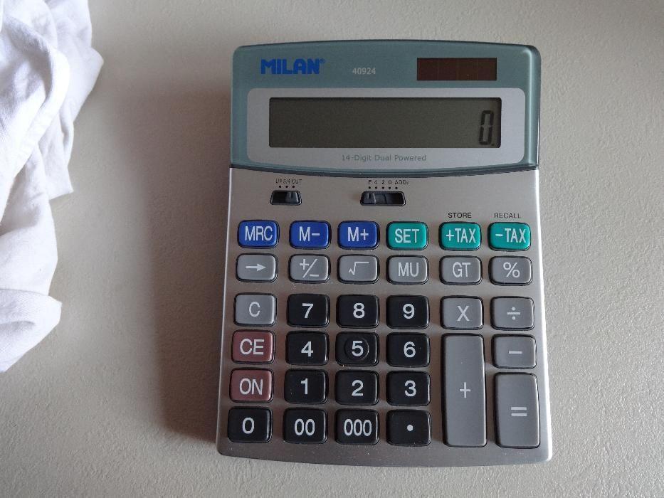 Vind calculator de birou MILAN nou .Made in Spania .