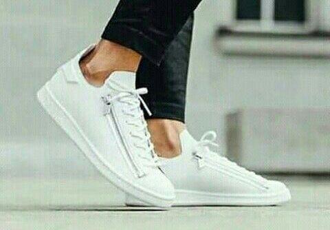 Tenis da Adidas