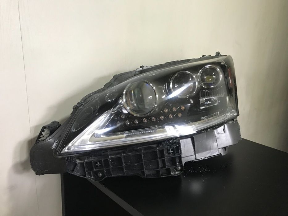Левая фара на Lexus LS460, 2012-17