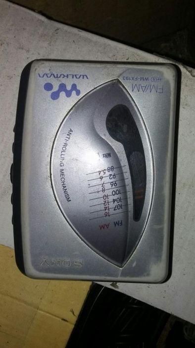 Плеер касетный с радио sony