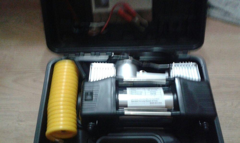 Compresor auto cu 2cilindri