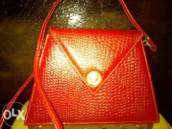 Дамска чантичка