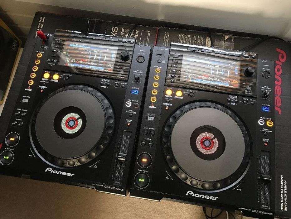 Inchiriez pupitru dj playere pioneer cdj 900 nexus si mixer xone 92