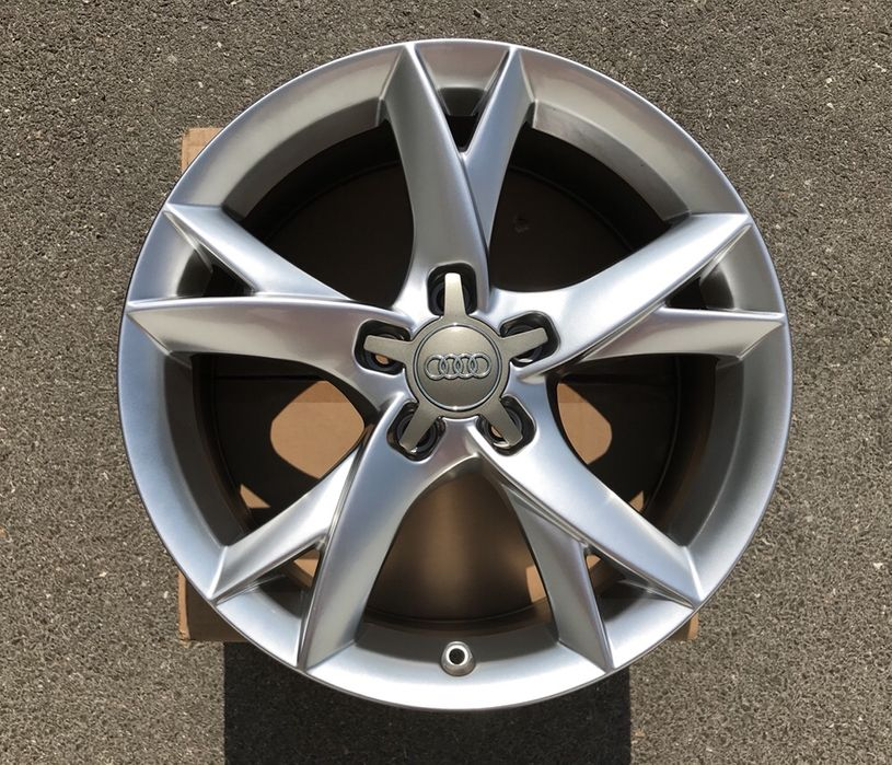Джанти за Ауди А3 А4 Audi S3 17 цола 5Х112 С6 С лайн фейс РС 5 ротор R