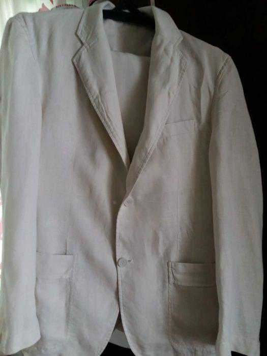 Продам костюм мужской 52р. Лён. В хорошем состоянии.