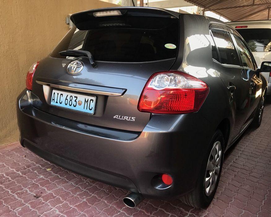 Toyota Auris 2012 Acaba de Sair do Porto cor executiva