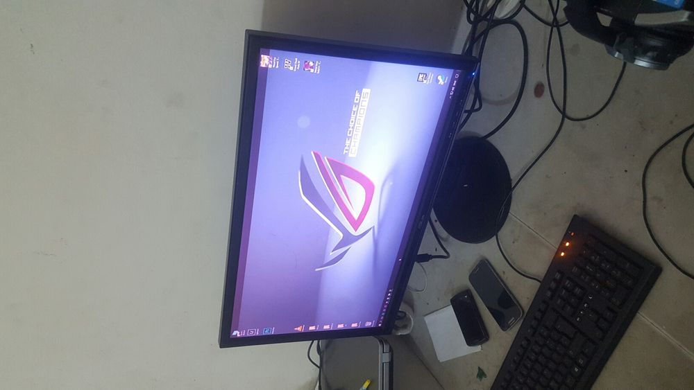 """Monitor ASUS VW248 24"""" entrada VGA e DVi"""
