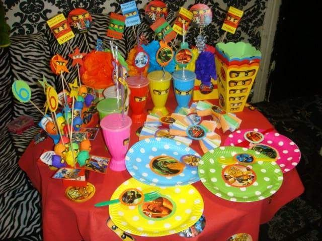 Украса за рожден ден-розетки-Нинджаго/Ninjago!Шапки,чинийки,чашки!