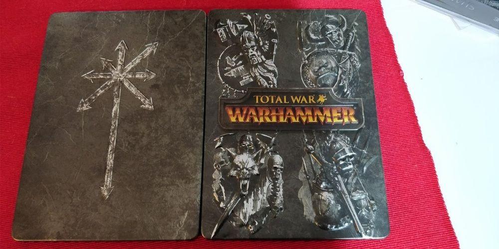 Total War Warhammer Steelbook + Bonus - Carcasa Metalica - PC