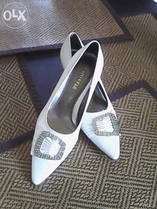 pantofi eleganti culoare alb