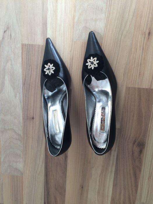 Продам брендовые туфли без обмена!