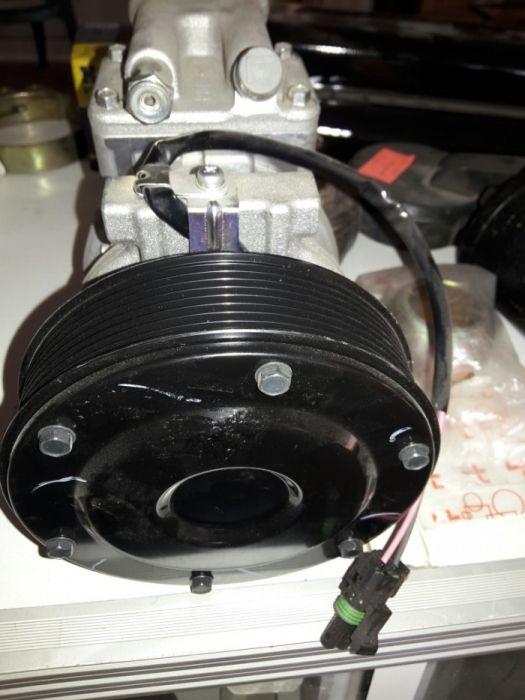 Compresor Denso 24v John deere AT 168543