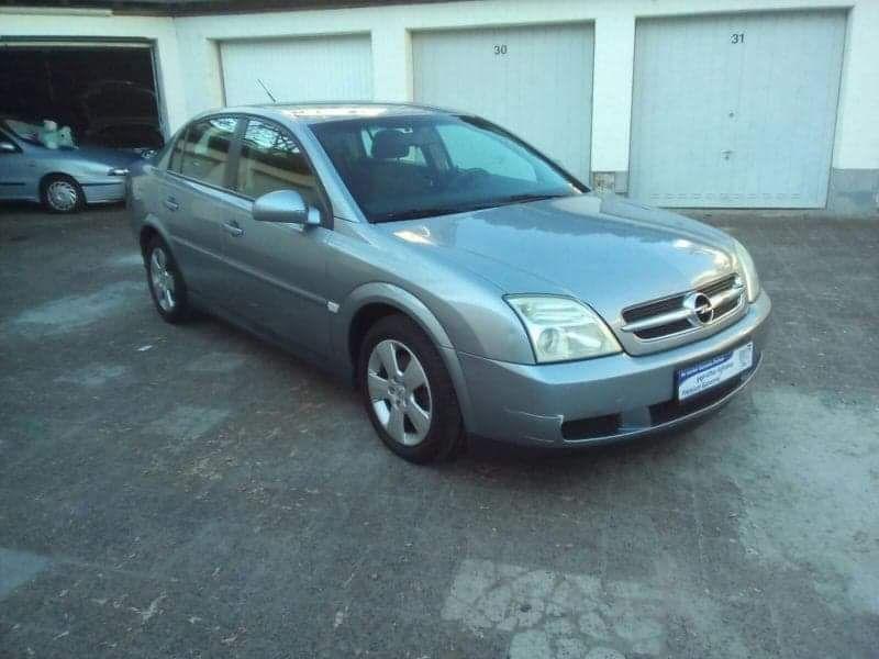 Dezmembrez Opel Vectra C 1.8 benzina 2002