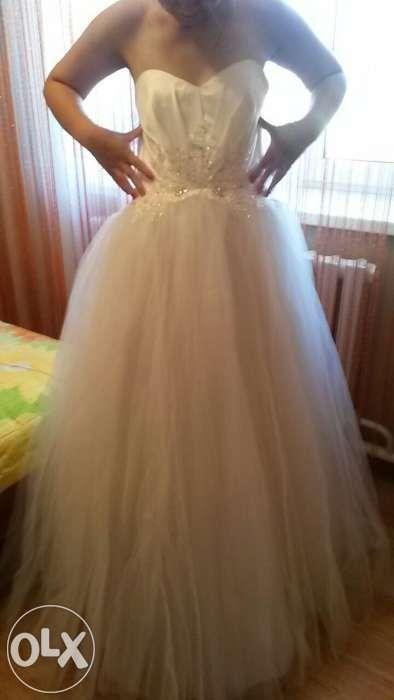 продам НОВОЕ свадебное платье недорого
