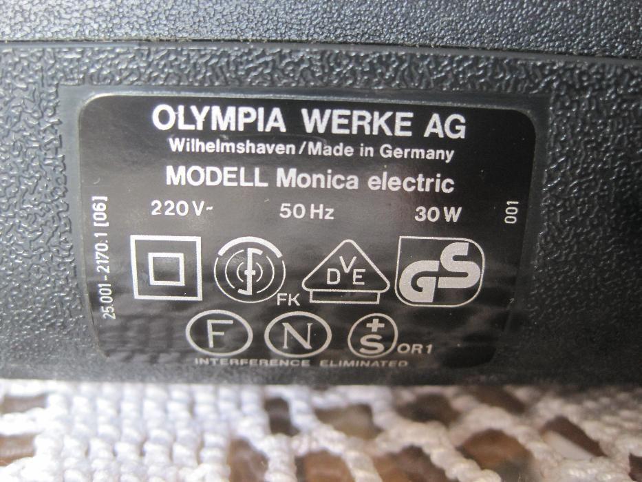Olimpia - Monica de Luxe masina de scris portabila , electrica