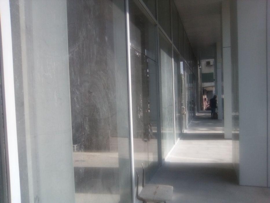 myhousengola.com Vende Loja 200,70 M2 – Edifício Novo Maianga