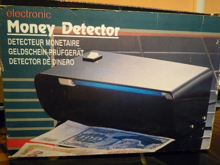 Lampa ultraviolete - detector bani falsi