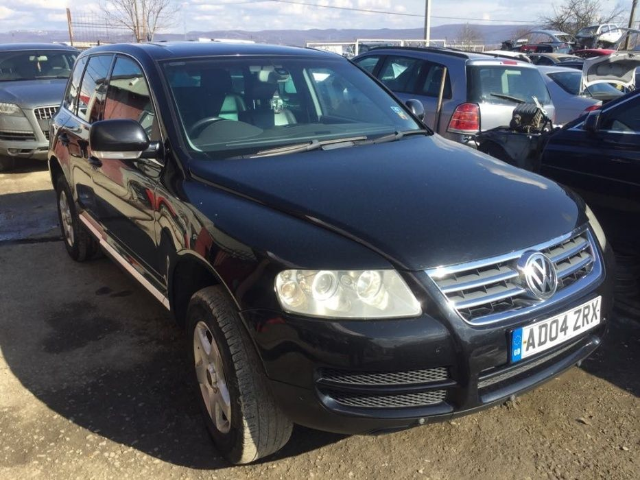 dezmembrez Volkswagen Touareg 2.5 TDI an fabricatie 2006.