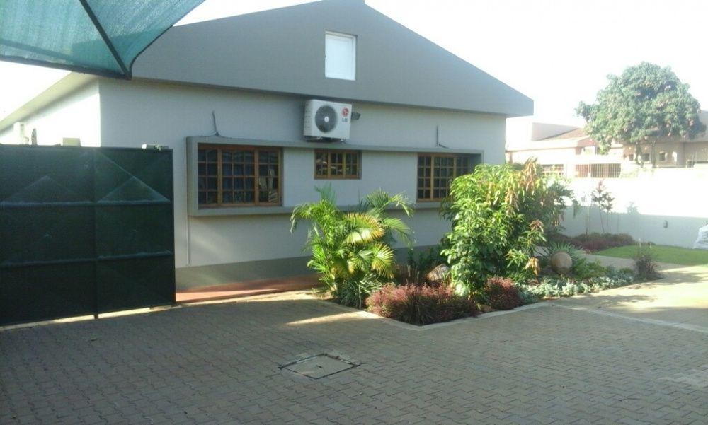Arrenda se 1Casa casa na Matola Fomento ao lado de ministro