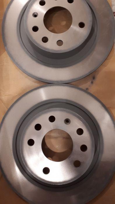 Нови оригинални спирачни дискове за Опел Вектра/ Сигнум - задни.