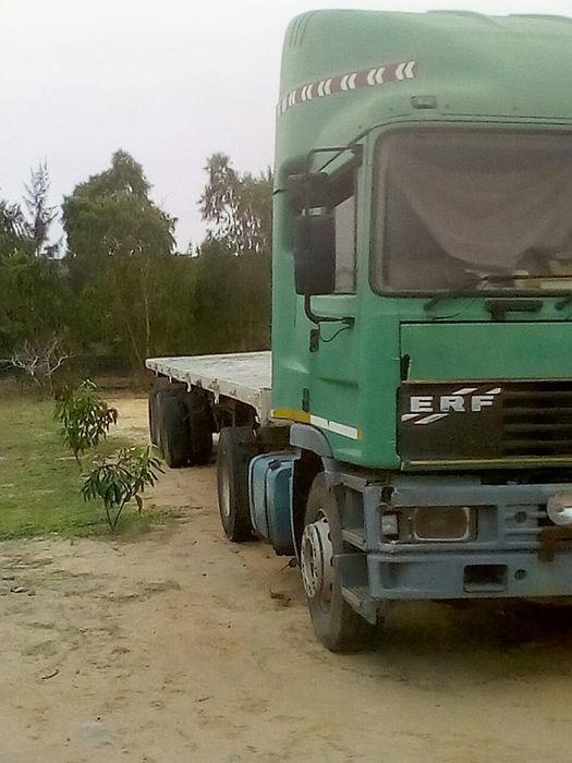Camião Completo ERF com trella...aus.1.25