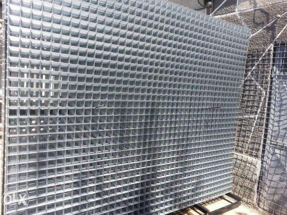 Plasa sudata pentru garduri / gabioane