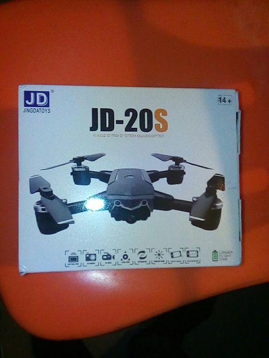Vendo drone novo na caixa